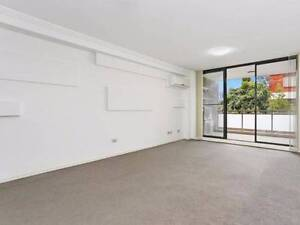 Modern Three Bedroom Apartment Available to Move in Now !!! Carlingford The Hills District Preview
