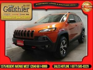 2016 Jeep Cherokee Trailhawk  - Leather Seats