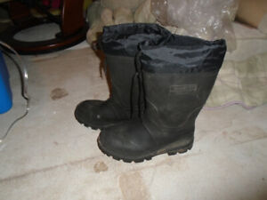 2575bbe3d83 Boots Rubber Men | Kijiji in Ontario. - Buy, Sell & Save with ...