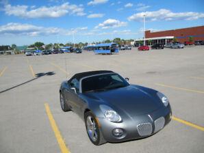 À vendre Pontiac Solstice décapotable 2007
