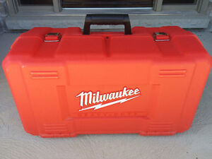 Milwaukee 5615-24 1.75 hp multibase Router Kit