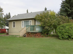 2 + Bedroom House in Maidstone - $820 includes water/recycling