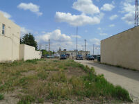 Commercial Lot! Downtown Wainwright!