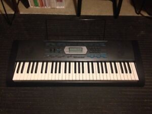Casio CTK-2100 Keyoard with adapter, and bag