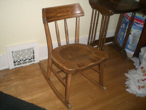 Antique nursing rocker Belleville Belleville Area image 1