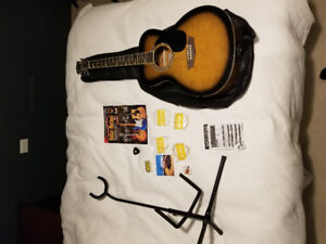 GWL acoustic guitar package - new condition