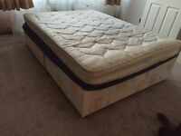 A double divan and a single expandable bed