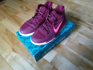 Kyrie 3 size 7