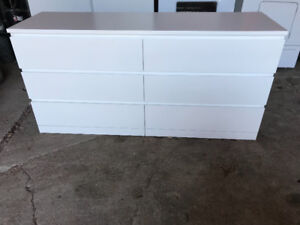 Commode 75$