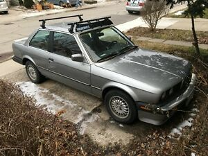 1987 BMW 325is (E30)