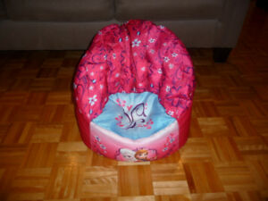 Chaise reine des neiges, lampe olaf et tablette