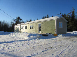 NEW LISTING! MINI HOME IN COUNTRY!