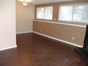 AVAILABLE: NOW!! 3BDRM-RENOVATED AVAILABLE NOW!