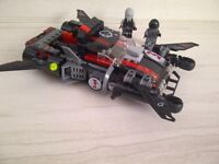 LEGO SPACE POLICE COMPRENANT 2 VÉHICULES, 7 A 14 ANS