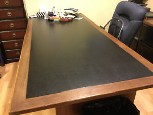 "Leather inset bankers desk 7' long x 38"" x 29"" high"