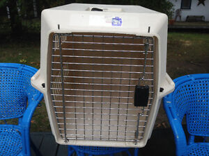 Medium Pet Carrier, Cage, Kennel Peterborough Peterborough Area image 1