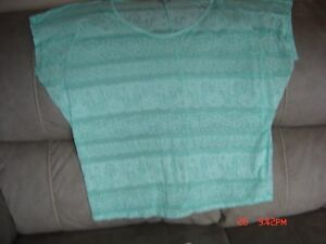Young Women's Clothing-Sizes from L to XL Regina Regina Area image 10