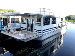 Floride, Holly Bluff Marina, bateau/roulotte 28-4aug