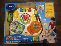 Vtech Learn & Discover Table - brand new