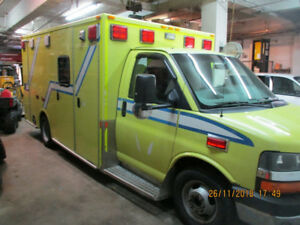 Ambulance 2011  (  $ 7,900 + Taxes  )