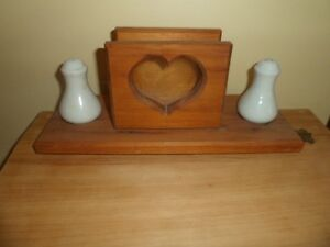 Wood napkin holder Kawartha Lakes Peterborough Area image 1