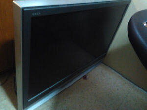 "42"" Sony Rear Projection TV c/w Remote"