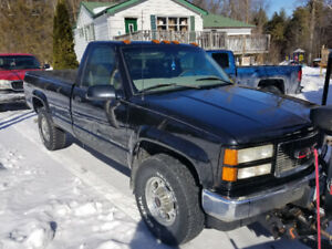 2000 GMC 2500 4x4 Snowplow