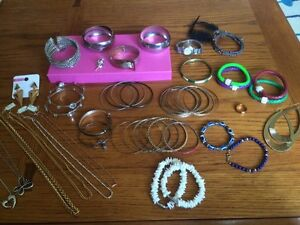 52 pc Jewellery for sale