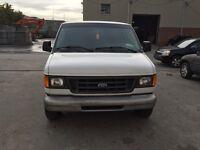 Ford E150 2003