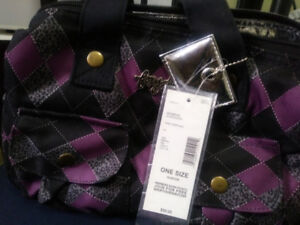 BRAND NEW LADIES LUNCH BAG, LINED, WITH LOT OF POUCHESBranded,