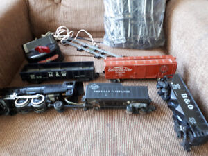 American flyer train parts for sale....to a hobbyist......