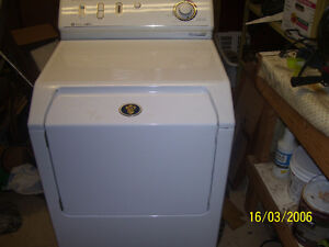 Maytag Large Capacity Clothes Dryer