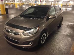 2013 Hyundai Accent GL Hatchback-Automatic-A/C-Super propre-A1.