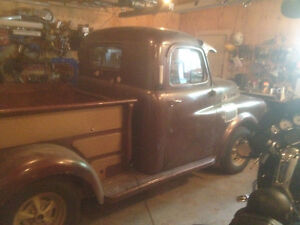 1950 Fargo shortbox truck