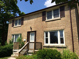 4 Mayfair Dr., London - Clean, Safe, Home Rental