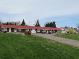 Well Established 7 Unit Motel + 2 Bedroom Owner's Residence