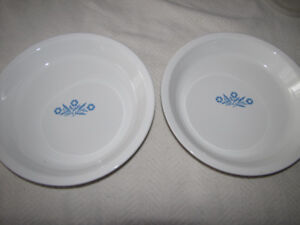 2 CORNING WARE CORELLE CORNFLOWER BLUE PIE PLATE