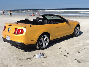 2012 Ford Mustang GT Pony Convertible