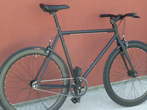 LlGHTWEIGHT SINGLE SPEED / FIXED GEAR BIKES - FREE ASSEMBLY