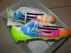 Adidas Soccer Cleats, size 3 kids - NEW