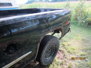 Parting out 99 Sierra Z71 4X4 Windsor Region Ontario image 6