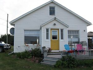 3 Bdrm Cottage with Beach Access!!!