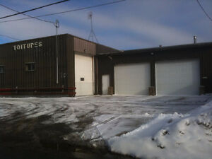 Garage a louer Laval - Garage for Rent in Laval (Storage)
