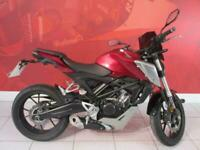 2019 HONDA CB125R only 1607 miles Lots of extras!