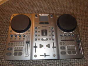 Xponent USB MIDI DJ Controller with Software
