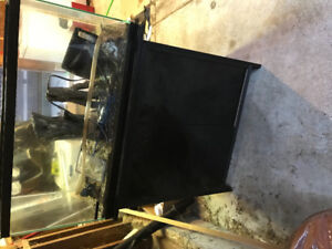 33 Gallon fish tank with stand for sale