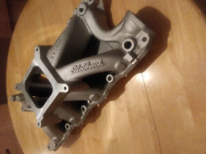 Intake super Victor pour 302 Ford