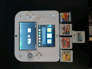 Nintendo 2ds with 6 games (plays 3ds games also)