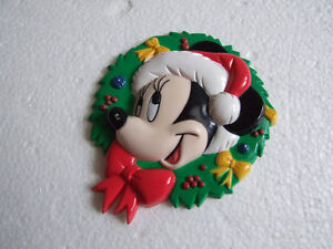 Vintage Disney Mickey Mouse magnet collectible London Ontario image 1