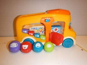 VTECH COUNT & LEARN SCHOOL BUS